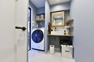 洗面室 (細部にまでこだわりを詰め込んだおうち)