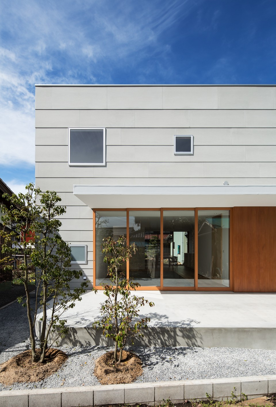 米原の家 (南側外観)
