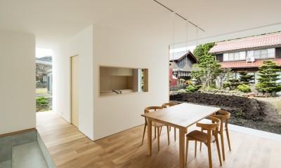 米原の家 (ダイニングキッチン)