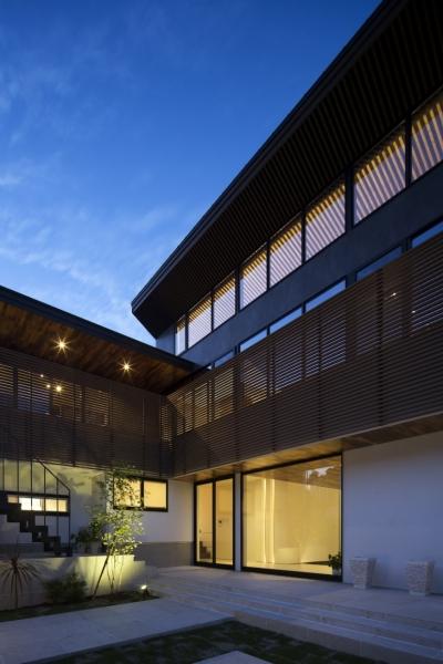 堺・槙塚台の家 (外観夜景)