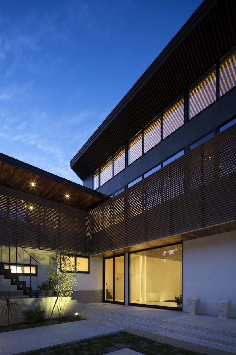 堺・槙塚台の家の部屋 外観夜景