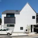 デザイン住宅外観いろいろの写真 ミニの似合う白い家 オウチ36