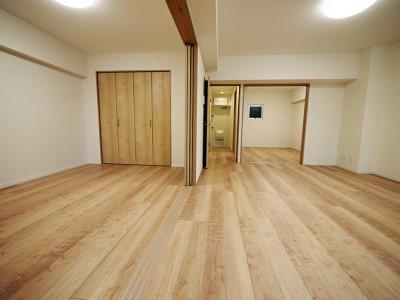 洋室2 (リビングに繋がる部屋に 3LDK)
