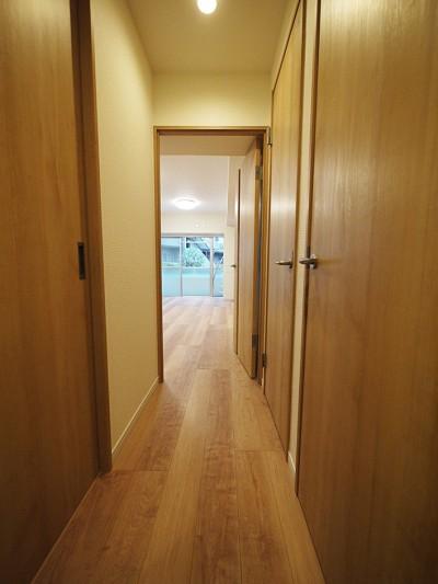 廊下 (リビングに繋がる部屋に 3LDK)