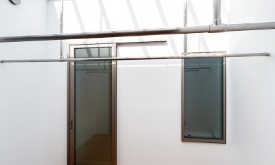 haus-flow 洗濯室|haus-flow/地域のオアシスとしての平屋中庭付き住宅