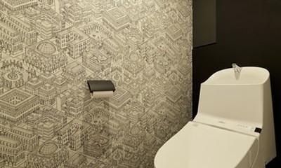 躯体を活かしたソリッドな空間。建築家夫妻が描く理想の住まい。 (トイレ)