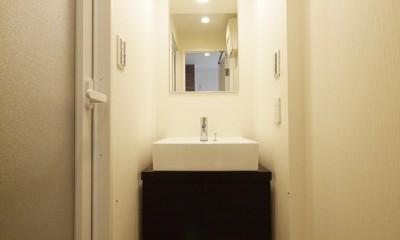 洗面|大採光のシンプルモダン