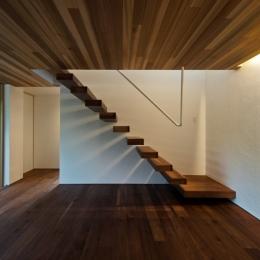 高松の家 (階段)