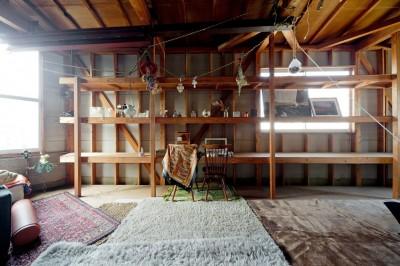 寝室 (既存を活かしたビルまるごと一棟ビンテージリノベーション)