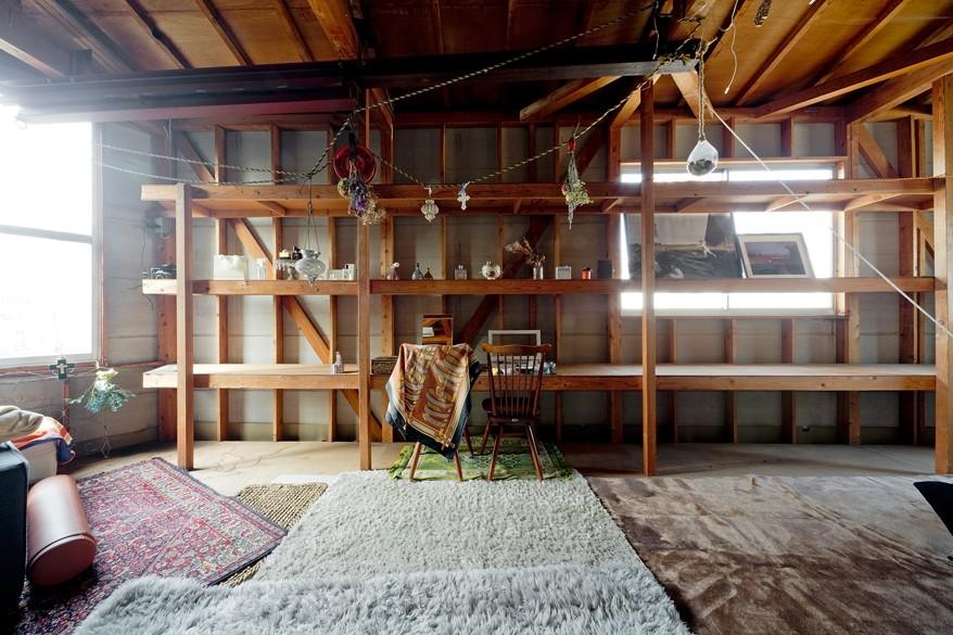 既存を活かしたビルまるごと一棟ビンテージリノベーション (寝室)