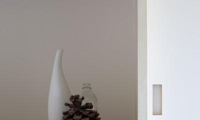 玄関の飾り棚|丘の上のコーナーレジデンス