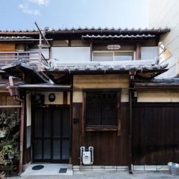 昭和小路の長屋|賃貸向け京町家のシンプルリノベーション【京都市】 (玄関)