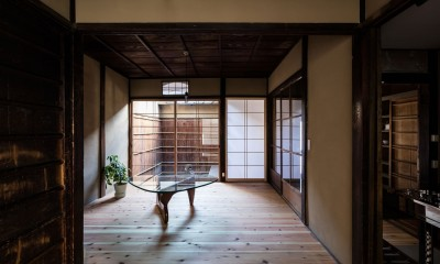 昭和小路の長屋|賃貸向け京町家のシンプルリノベーション【京都市】 (居間)