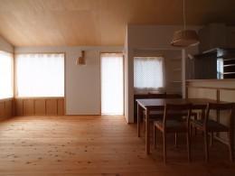 徳島の家 (リビングダイニング)
