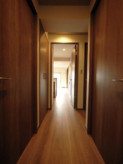 廊下 (段差のない住まいに)