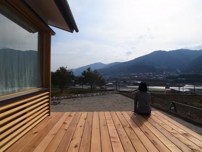 ウッドデッキ (徳島の家)