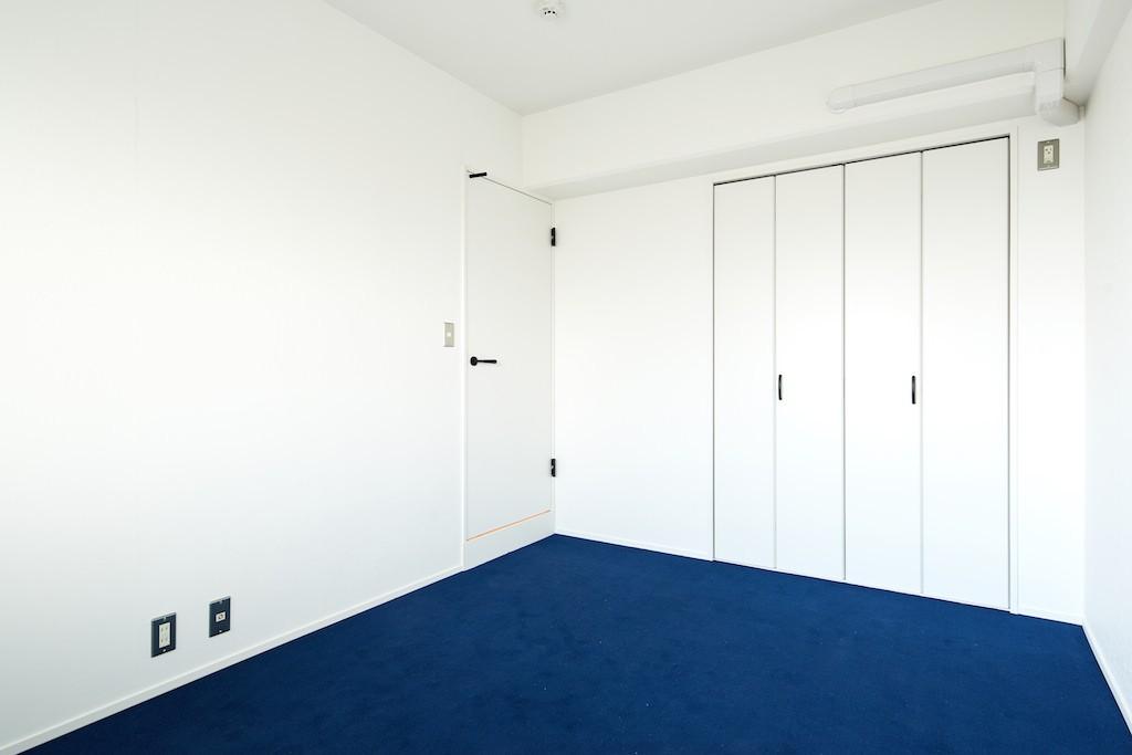 広々穏やかな空間 (寝室)