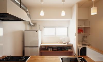 自分らしい自分だけの空間を手に入れる (造作キッチン)