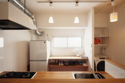 造作キッチン (自分らしい自分だけの空間を手に入れる)
