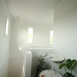 M邸 (階段上スペース)