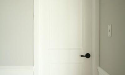 M邸 (造作ドア)
