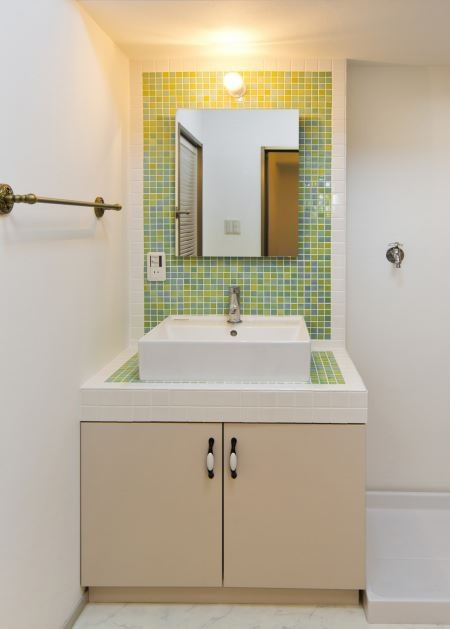 スペインバル (洗面室)