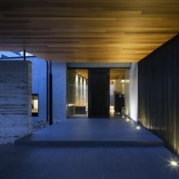 鶴見の家 (玄関)