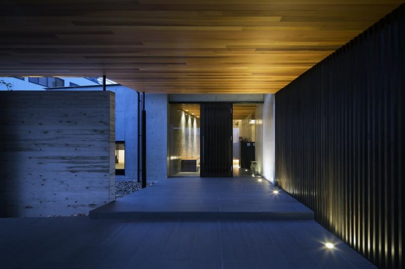 鶴見の家の部屋 玄関