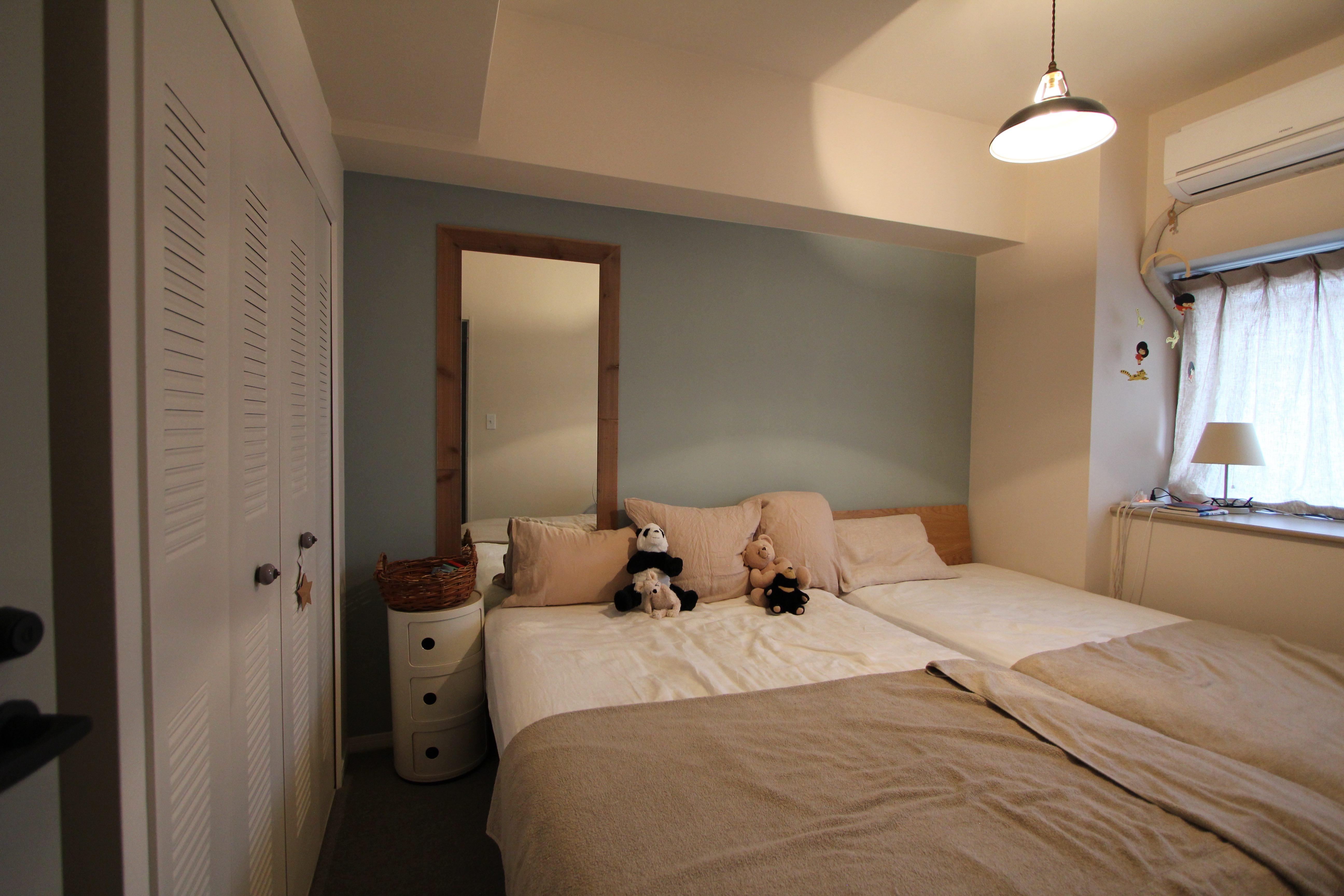 ベッドルーム事例:ベッドルーム(スモーキーな色使い(上井草マンションリノベーション))