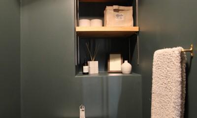 スモーキーな色使い(上井草マンションリノベーション) (トイレ)