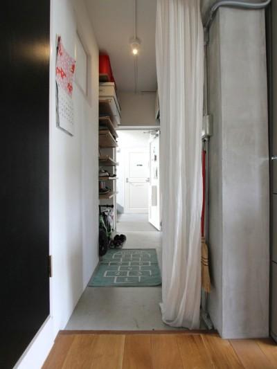 廊下 (富士見台 団地リノベーション)