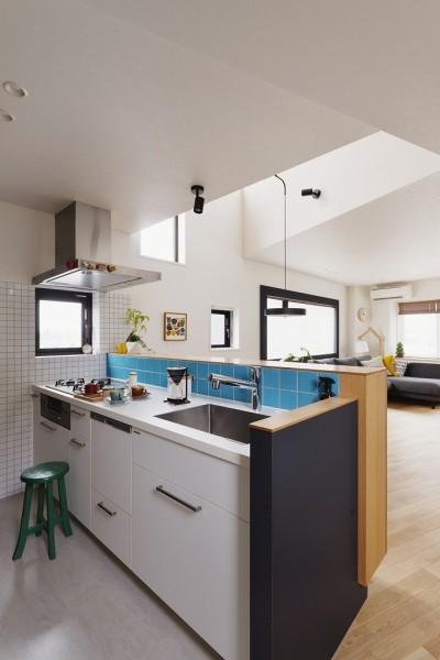 キッチン (遊び心とこだわりでワクワクがいっぱいの家)