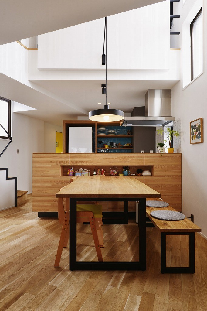 遊び心とこだわりでワクワクがいっぱいの家 (造作キッチンカウンター)