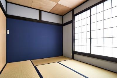 和室 (木の風合いにブルーを添えて)