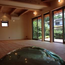 リビングダイニング (さくら 〜薪ストーブのある木の家〜)