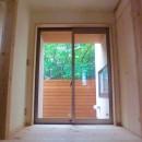 さくら 〜薪ストーブのある木の家〜の写真 玄関・玄関ホール・坪庭・借景