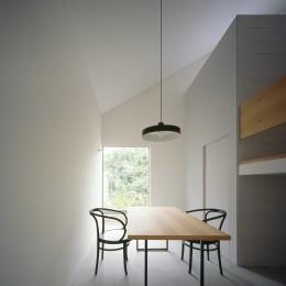 東大宮の家-趣味を楽しむためのモダンな住空間 (プライベートダイニング)