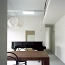東大宮の家-趣味を楽しむためのモダンな住空間の写真 メインダイニング