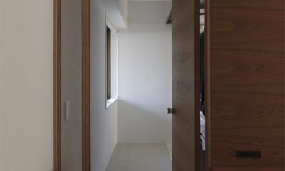 百合ヶ丘の家-ライフスタイルに合わせたひと続きの空間 (玄関・土間)