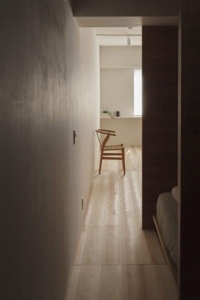ベッドスペース (百合ヶ丘の家-ライフスタイルに合わせたひと続きの空間)