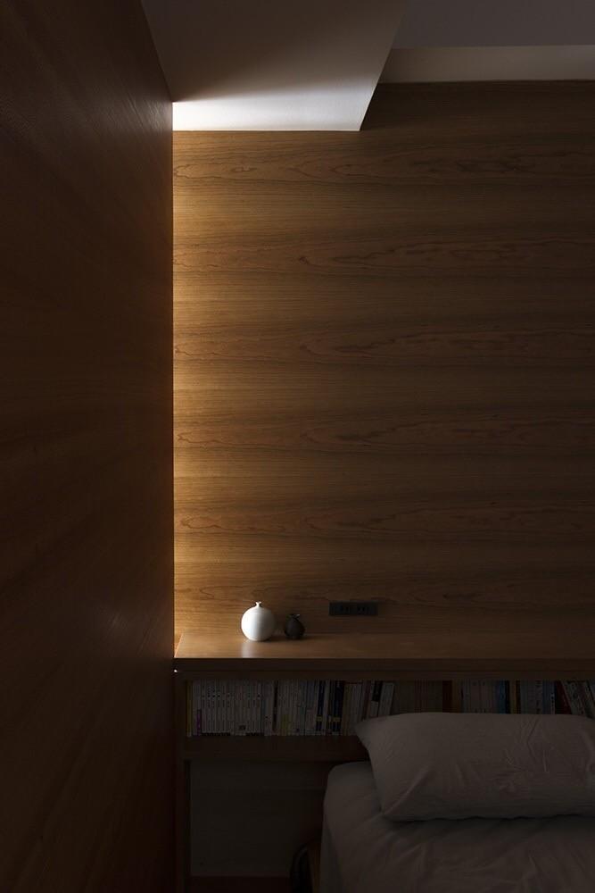 ベッドルーム事例:ベッドスペース(百合ヶ丘の家-ライフスタイルに合わせたひと続きの空間)