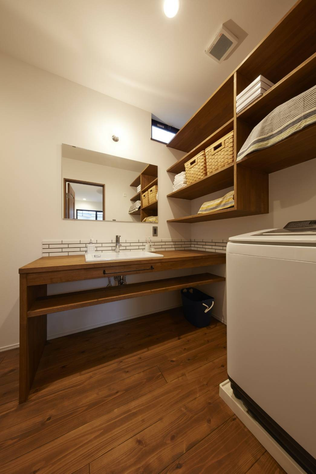 バス/トイレ事例:造作洗面(本物にこだわったカフェのようなダイニング)