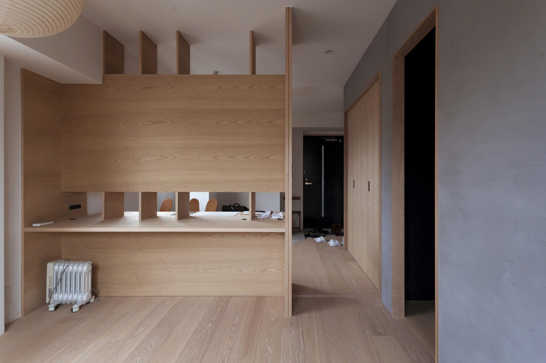 ベッドルーム事例:主寝室(西荻の家-眺望と回遊性のある住まい)