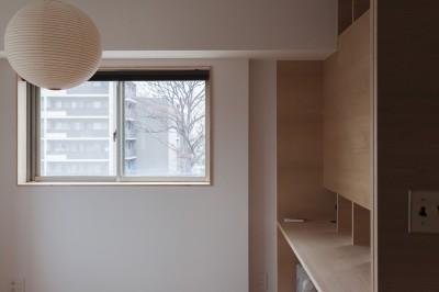 主寝室 (西荻の家-眺望と回遊性のある住まい)