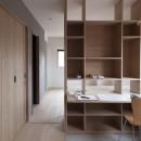 西荻の家-眺望と回遊性のある住まいの写真 書斎