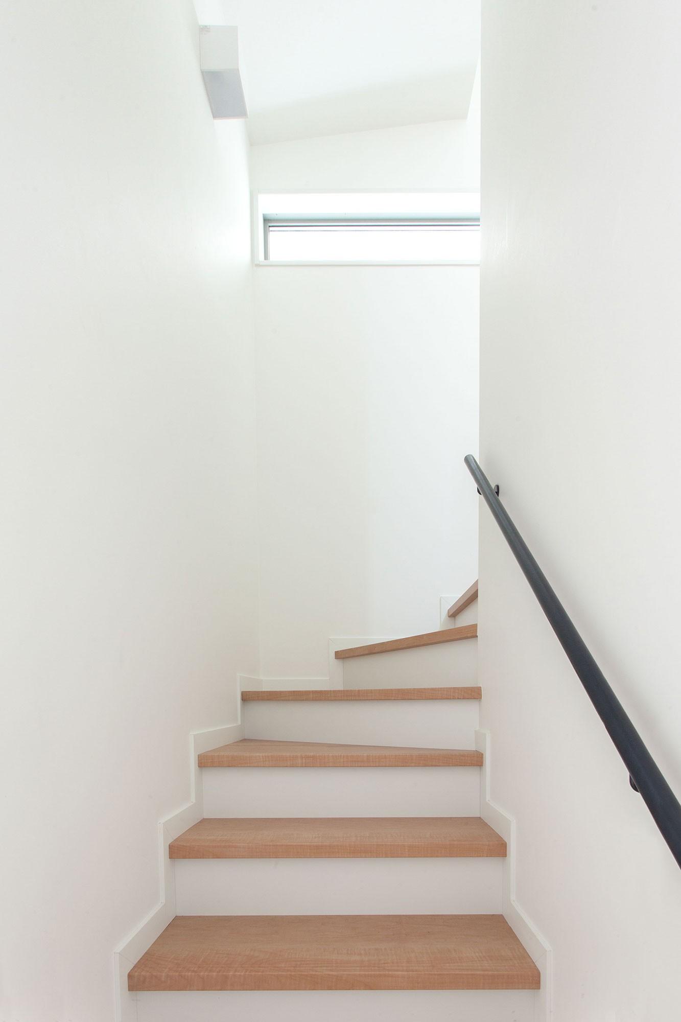 その他事例:階段室(高島平の家-敷地形状を活かした伸びやかな住空間)