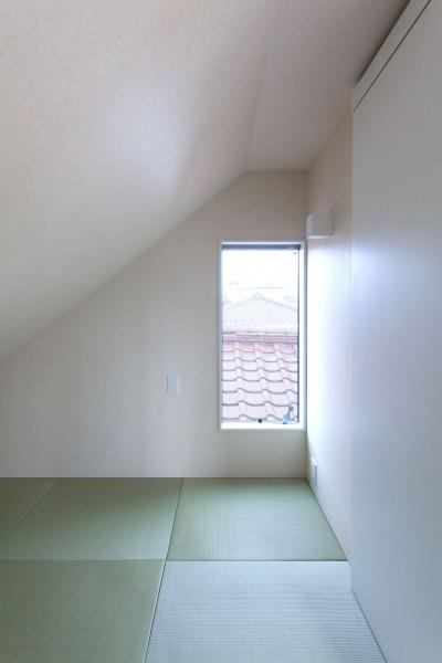 書斎 (高島平の家-敷地形状を活かした伸びやかな住空間)