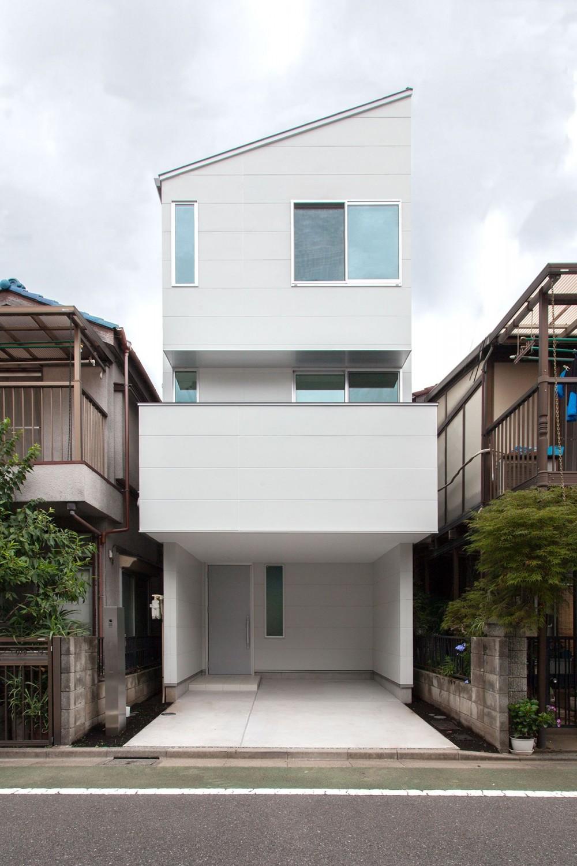 高島平の家-敷地形状を活かした伸びやかな住空間 (外観)