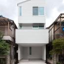 高島平の家-敷地形状を活かした伸びやかな住空間の写真 外観