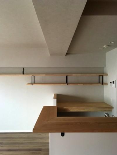 大井町の家-新たな生活に合わせた間仕切壁の更新 (キッチン)
